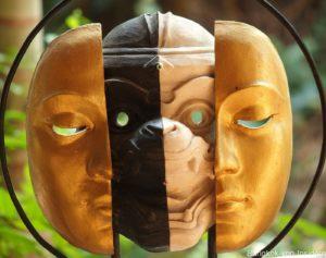 Masken im Artist House