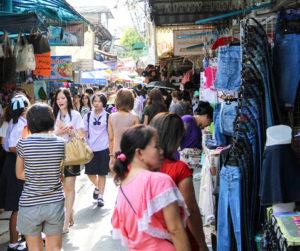 Straßenmarkt in Wang Lang
